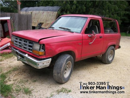 Tinker Man Things 1990 Ford Bronco II (1)